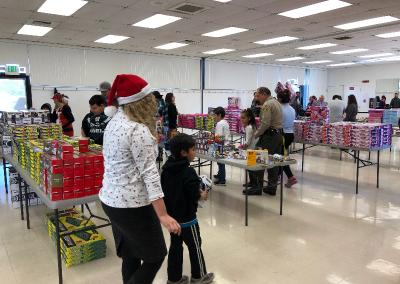 JOY-Holiday-Toy-Distribution-Pico-Rivera-4